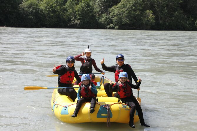 MAIS FOTOS, Family Friendly Cheakamus Splash Rafting- Squamish