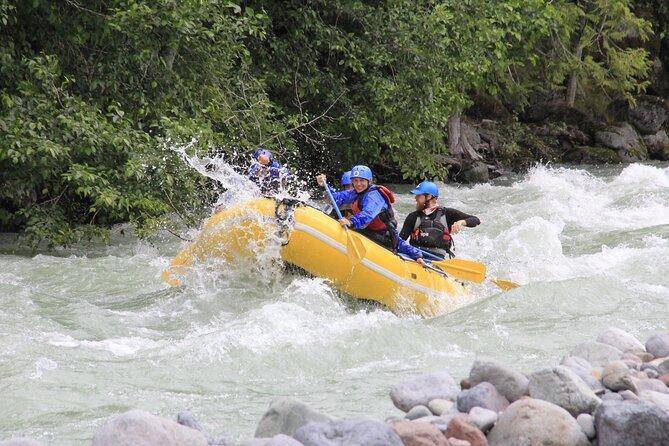 MAIS FOTOS, Private Cheakamus River Rafting Experience