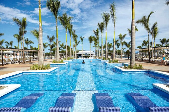 MÁS FOTOS, Aeropuerto de Liberia al Hotel Riu Palace y Riu Guanacaste