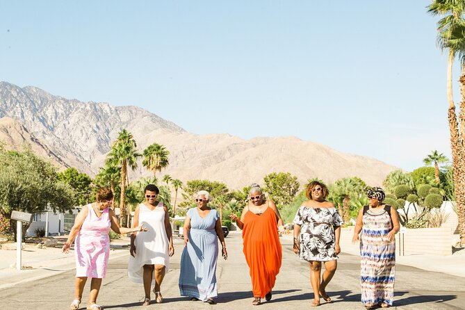 MÁS FOTOS, Private Vacation Photography Session with Photographer in Palm Springs