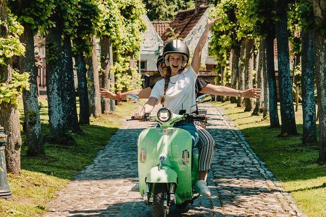 MÁS FOTOS, Self-Guided Vespa Tour in Bruges