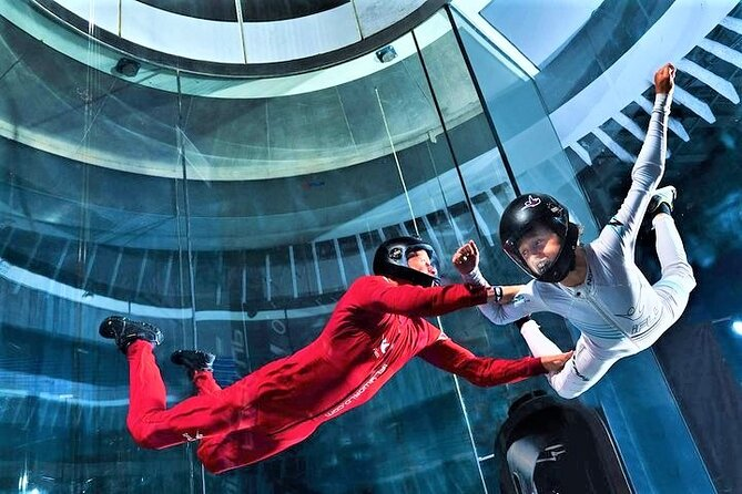 MÁS FOTOS, Chicago-Lincoln Park Indoor Skydiving with 2 Flights & Personalized Certificate