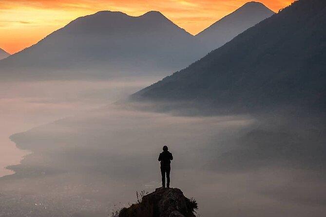 MAIS FOTOS, Hike The Indian Nose Peak + Cliff Diving in Lake Atitlan - Tour From Atitlan