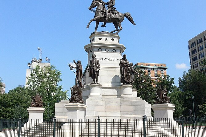 MÁS FOTOS, Capitol Square and Capitol Building Walking Tour