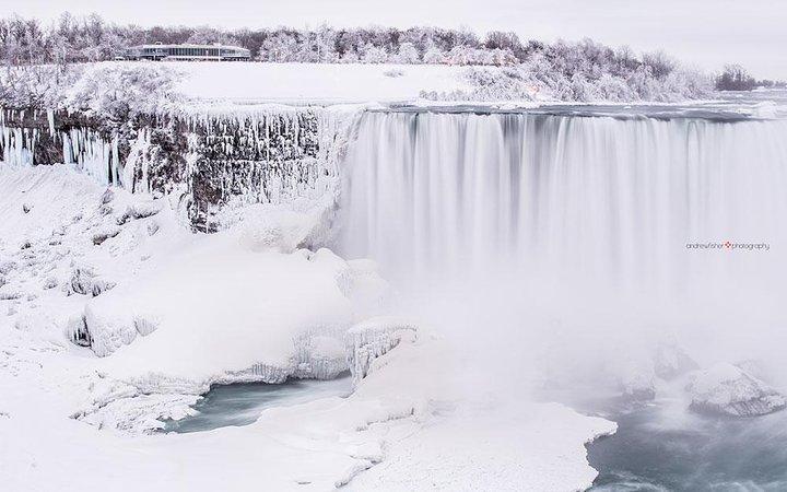 Niagara Falls Full-Day Tour from Markham and Richmond Hill, Toronto, CANADA