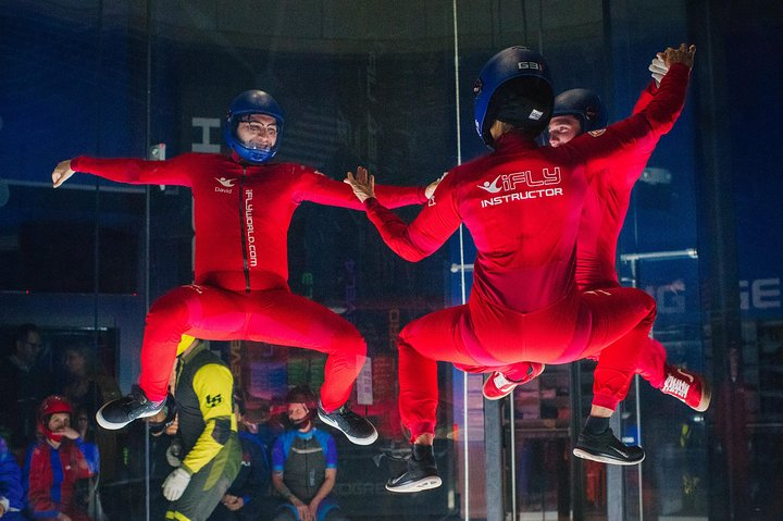 Chicago-Lincoln Park Indoor Skydiving with 2 Flights & Personalized Certificate, Chicago, IL, ESTADOS UNIDOS