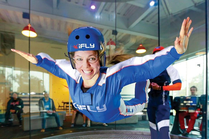 Montgomery Indoor Skydiving Experience with 2 Flights & Personalized Certificate, Frederick, MD, ESTADOS UNIDOS