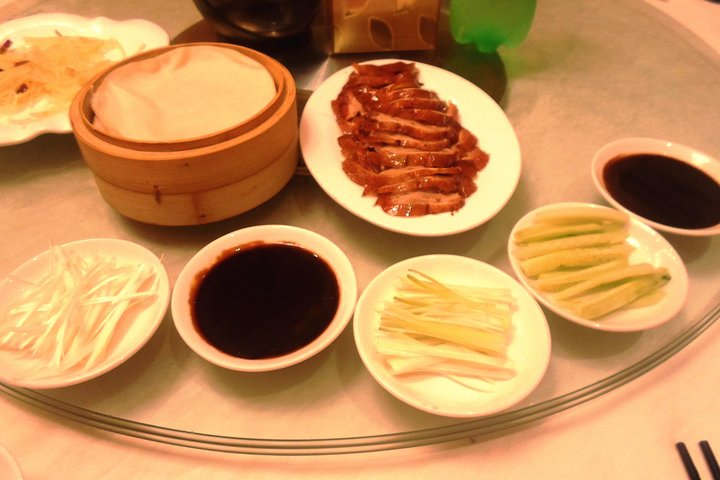 Private Afternoon Tour to Pearl Market with Kung Fu Show and Peking Duck Dinner, Beijing, CHINA