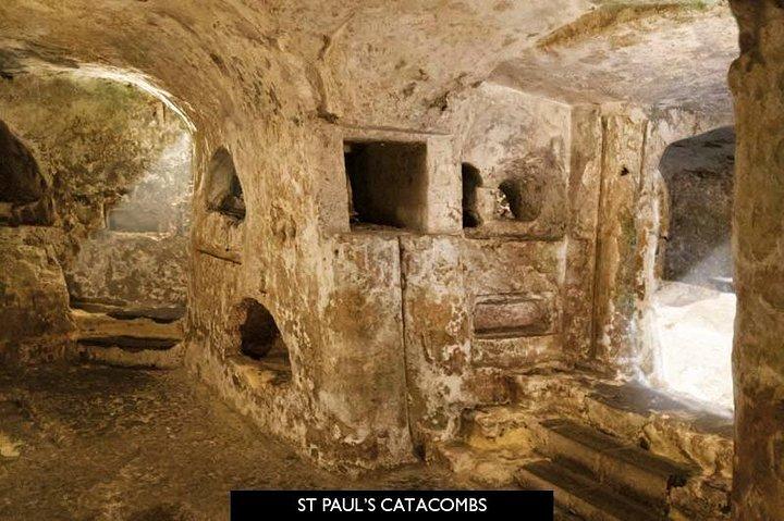 Rabat Mdina and San Anton Gardens Group Tour with St. Paul's Catacombs, ,