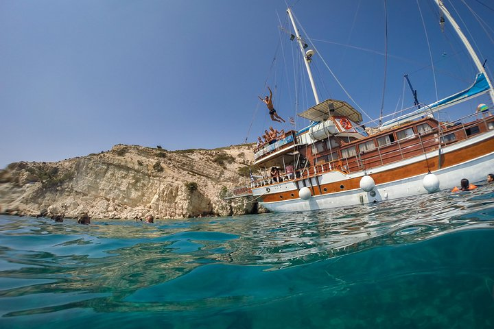 Full Day Boat Cruise to 3 Islands, Cos, Grécia