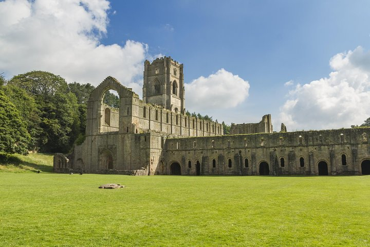 Yorkshire Dales and Fountains Abbey Small-Group Day Trip from York, York, INGLATERRA