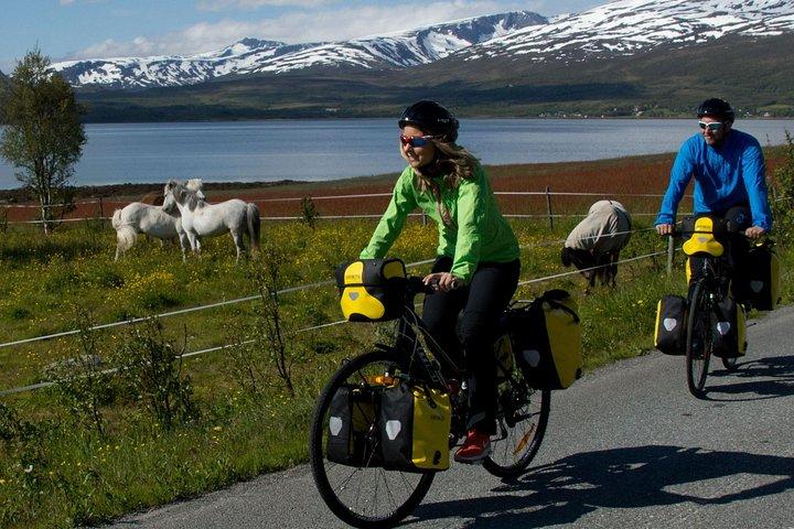 Touring-Trekking Bicycle Rental in Tromso - 1 to 8 Days, Tromso, NORUEGA