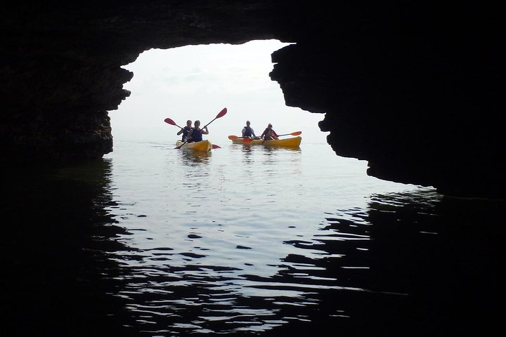 Cave Point Kayak Tour, Green Bay, WI, UNITED STATES