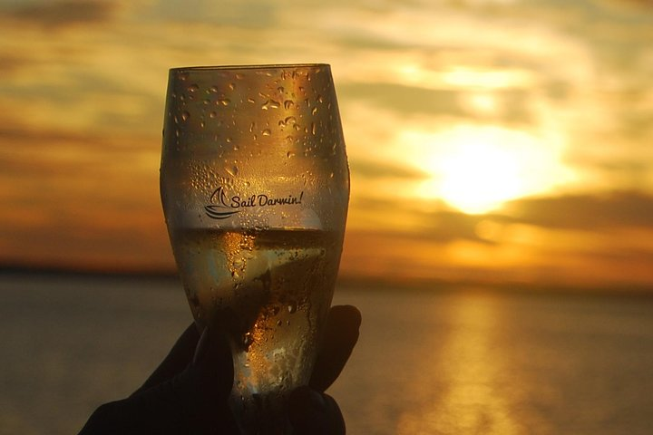 Sunset 3-Hour Cruise from Darwin with Dinner and Sparkling Wine, Darwin, AUSTRALIA