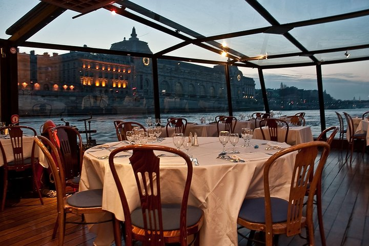 Seine River Gourmet Dinner Cruise with Champagne at Paris Seine Exclusive Viator, Paris, FRANCE