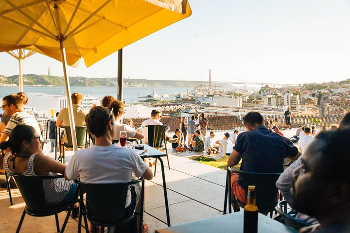 The 10 Tastings of Lisbon With Locals: Private Food Tour, Lisboa, PORTUGAL