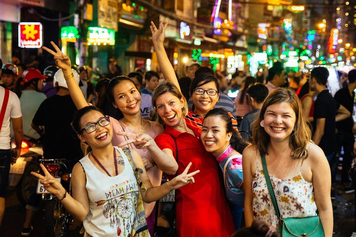 Private Night Tour in Saigon with a Local, Ho Chi Minh, VIETNAME