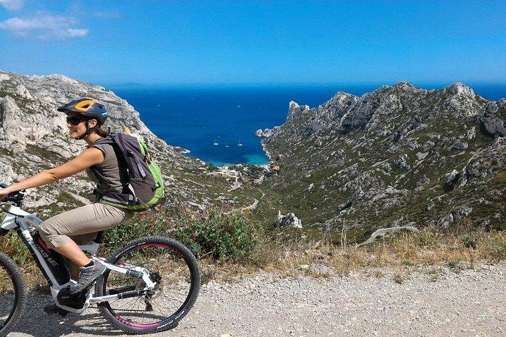 Excursión por la costa de Marsella: parque nacional de Calanques en bicicleta eléctrica de montaña, Marsella, FRANCIA