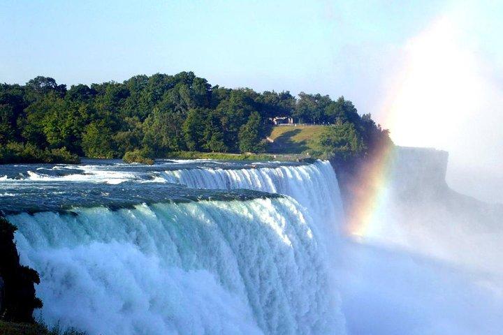 Niagara Falls Day Tour from Toronto including Hornblower Boat Tour, Toronto, CANADA