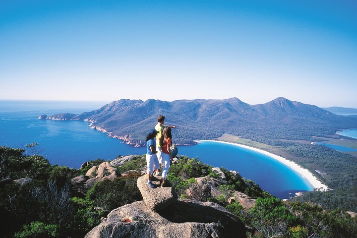 Full-Day Tour to Wineglass Bay from Hobart, ,