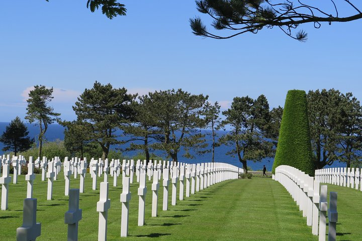 Normandy D-Day Landing Beaches Day Trip with Cider Tasting & Lunch from Paris, Paris, FRANCE