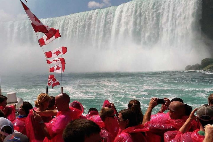 Guided Day Trip to Canadian Side of Niagara Falls from Toronto, ,