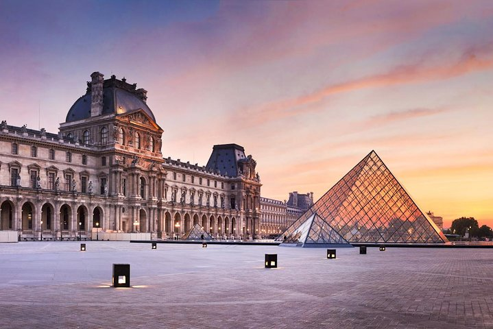 Visita guiada Evite las colas al Museo del Louvre: Semiprivada para un máximo de 8 personas, Paris, FRANCIA