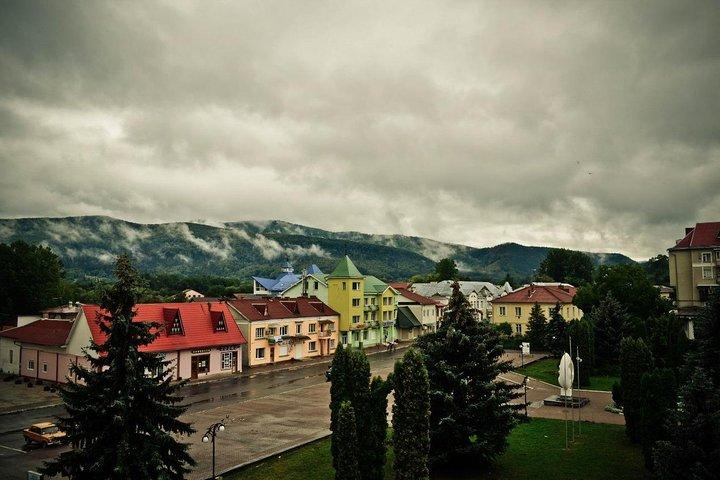 Family Tour In The Carpathians, Leopolis, Ucrânia