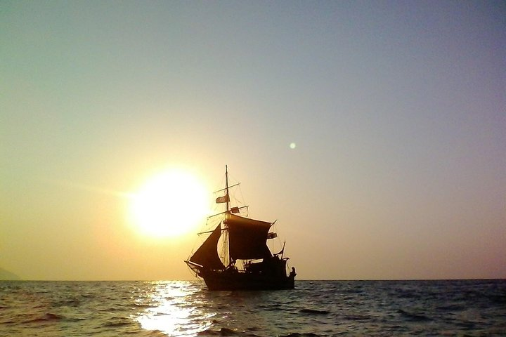 Ios Sunset Sailing trip, Ios, GRECIA