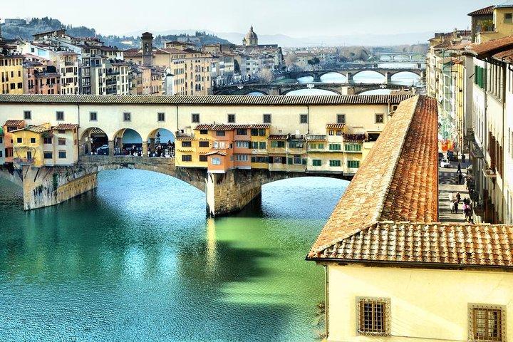 Florencia, Galería de los Uffizi y Chianti en monovolumen desde Pisa con cata de vinos, Pisa, ITALIA