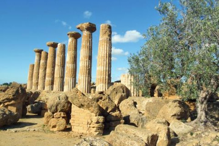 Private Transfer: Syracuse to Palermo with Valley of the Temples Stop, Siracusa, Itália