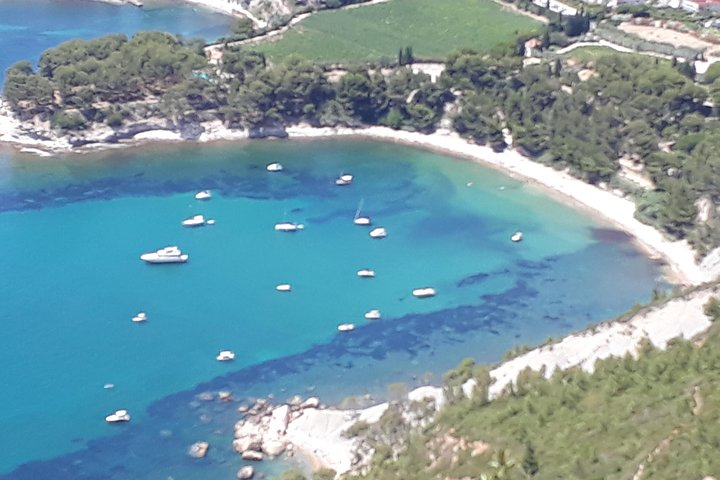 Cassis, Cliff & Calanques Private Half-Day Tour from Marseille, Marsella, FRANCIA