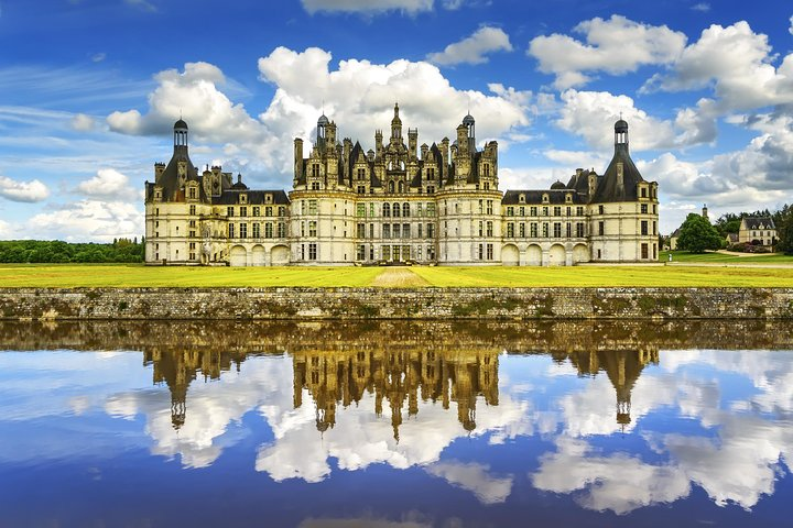 Loire Valley Three Top Castles Small-Group Day Trip with Wine Tasting, Paris, FRANCE