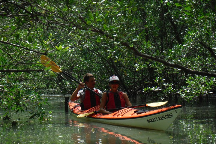 Expedicao de Caiaque (2 dias), Paraty, BRASIL