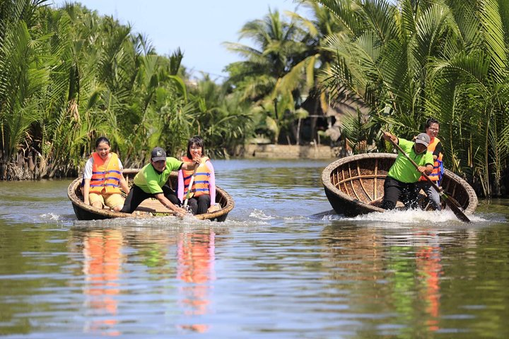 Hoi An Half-Day Trip to Cam Thanh Village with Bamboo Basket-Boat Experience, Hoi An, VIETNAM