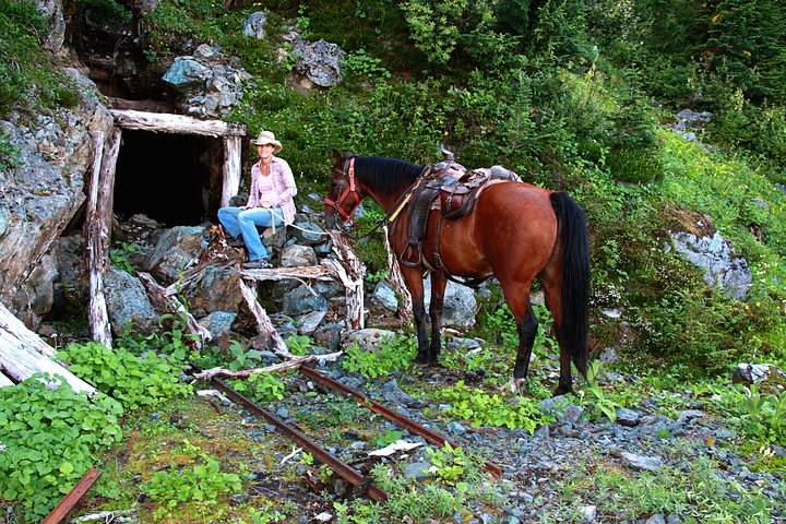 3-Day Historic Li-lik-hel Mine Expedition, ,