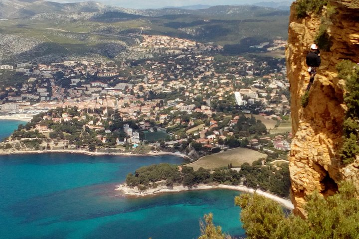 Provence Full Day Private Tour with Professional Guide from Marseille, Marsella, FRANCIA