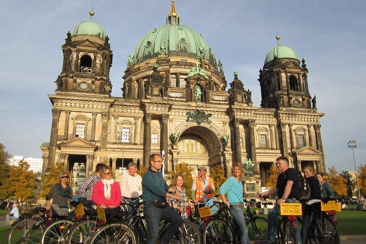 Berlin Highlights Small-Group Bike Tour, Berlin, GERMANY