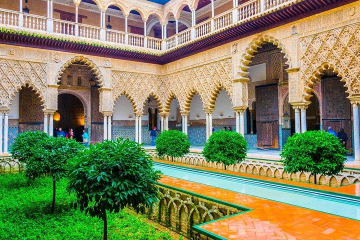 Alcazar of Seville & Santa Cruz Quarter (Skip-the-line), Sevilla, ESPAÑA