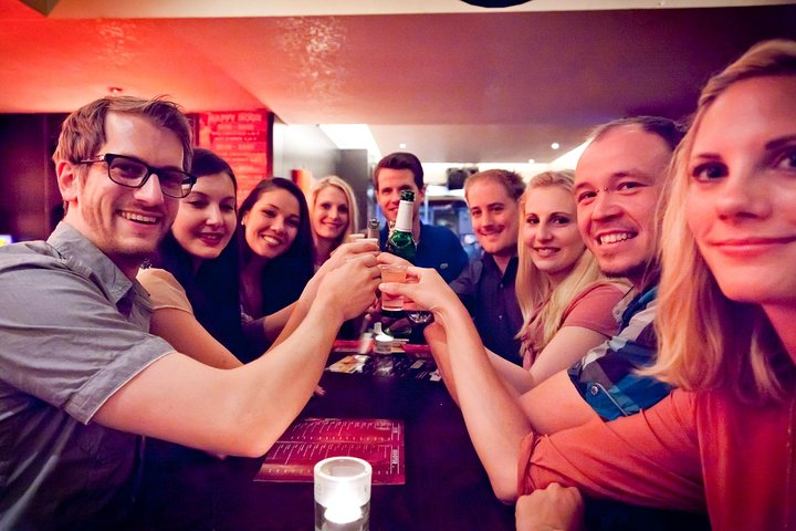 4-Hour Pub Crawl Tour in Dusseldorf including Drinks, Dusseldorf, GERMANY