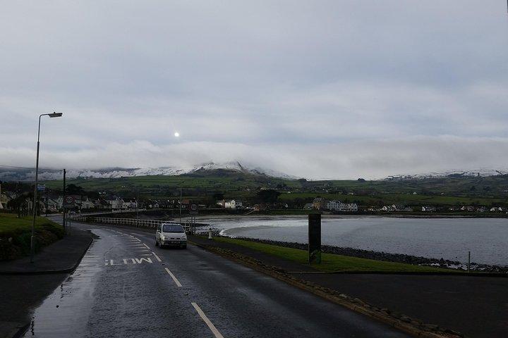 Recorrido por la Calzada del Gigante y por localizaciones de Juego de Tronos con salida desde Belfast, Belfast, IRLANDA