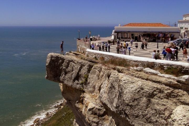 Excursión para grupos pequeños a Fátima, Batalha, Nazaré y Óbidos, Lisboa, PORTUGAL