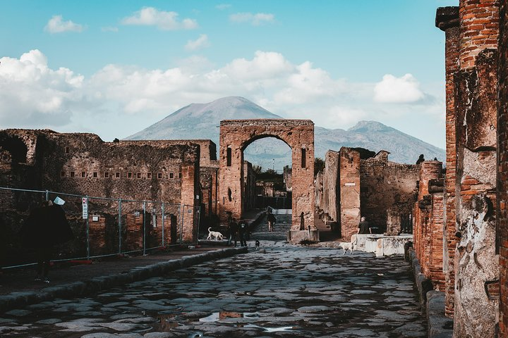 All Inclusive Pompeii Ruins Skip-The-Line Tour, Pompeya, Itália