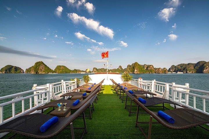 2-Day Explore Halong Bay On Cruise - Budget Cruise, Hanoi, Vietnam