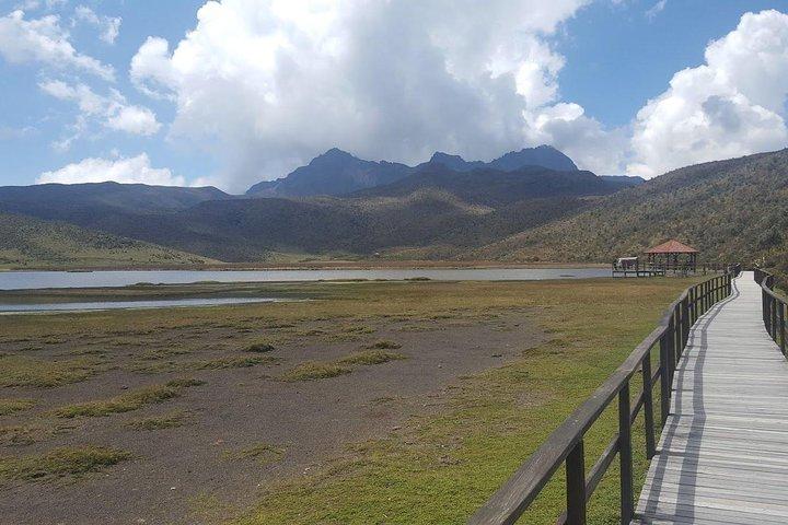 Viagem diurna de bicicleta e caminhada pela Reserva Nacional de Cotopaxi, Quito, Equador