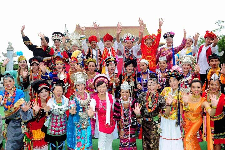 Shenzhen Afternoon Private Tour of Huaqiangbei Shopping and Dance Shows, Shenzhen, CHINA