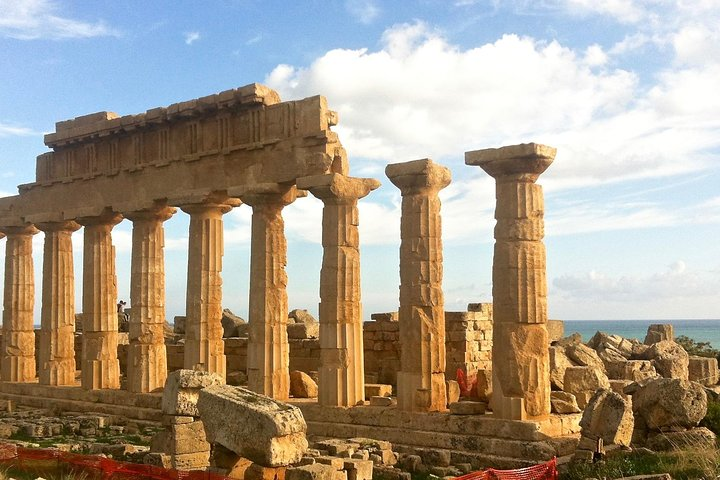 Private WINE and ARCHEOLOGY Tour with Local Guide -starts from Agrigento/Sciacca, Agrigento, ITALIA