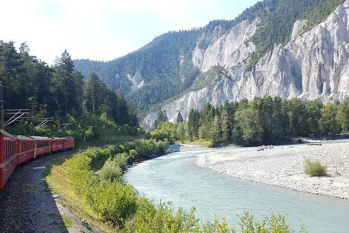 Glacier Express Panoramic Train Round Trip in one Day Private Tour from Bern, Berna, SUIZA