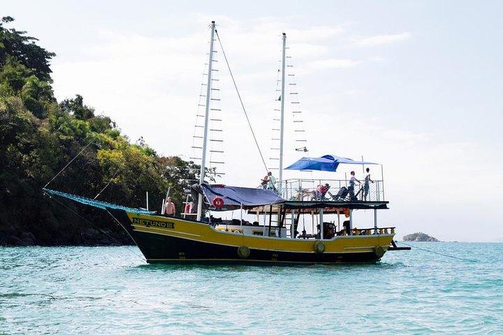 Excursão com escuna até as ilhas de Paraty, Paraty, BRASIL