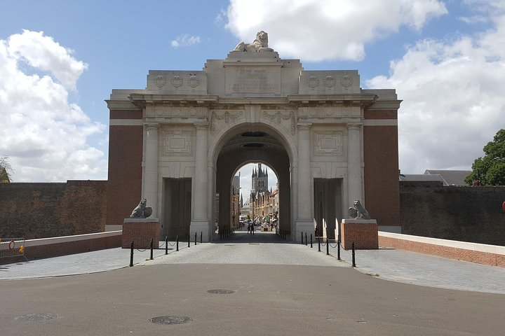 3 day tour Canadians in WW1 starting from Lille or Ypres, Lille, França